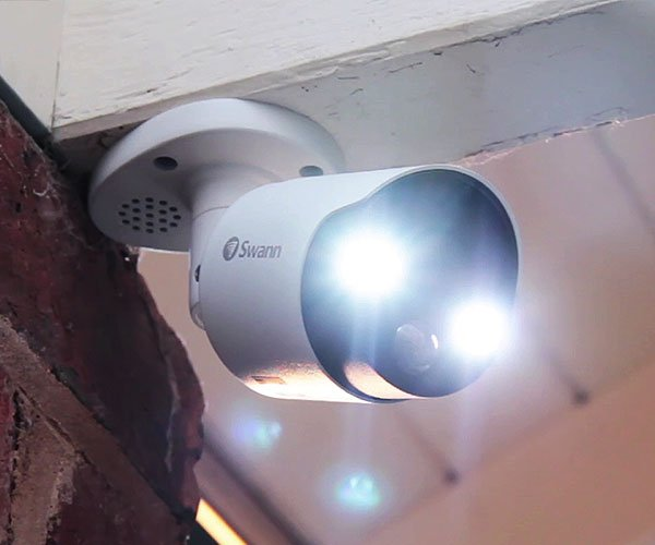 Smart Home Automation - Swann 4x 5MP Super HD Bullet Cameras with 8CH 2TB NVR